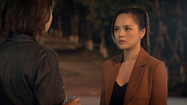 """Khánh Thy - """"Nước cờ"""" sai của Thu Quỳnh?"""