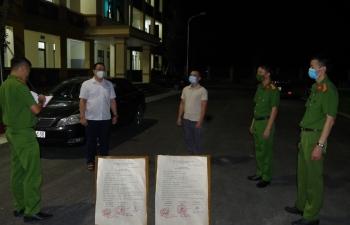 Làm giả giấy đi đường do UBND xã cấp, hai đối tượng bị bắt giữ